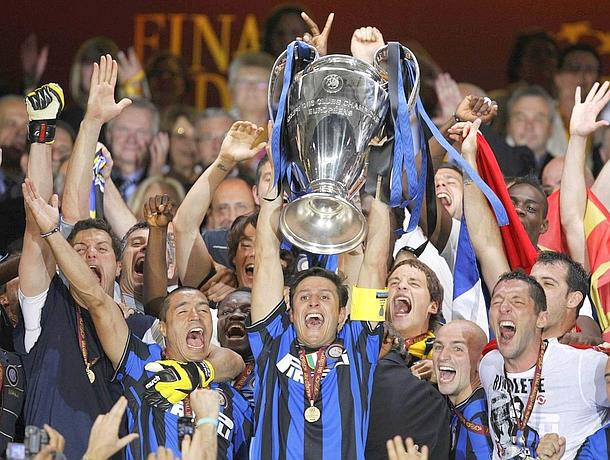 Inter Milan's captain Zanetti lifts the trophy following his team's Champions League final soccer match victory against Bayern Munich in Madrid